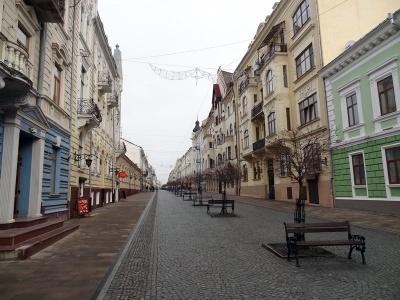 Чому варто поїхати у Чернівці на 8 Березня: журналістка назвала 5 вагомих причин