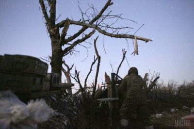 На Донбасі поранено трьох бійців ООС, окупанти зазнали втрат