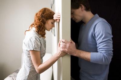 ТОП-5 вчинків, які ваш партнер розцінить як зраду
