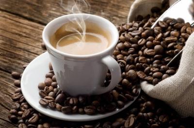 Кава без шкоди: скільки чашок можна випити без ризику для здоров'я
