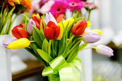 Чудові подарунки для коханих на 8 березня (на правах реклами)