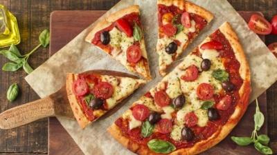 Рецепт піци: прості варіанти, які можна приготувати вдома