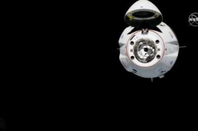 Crew Dragon Ілона Маска привіз на МКС манекен