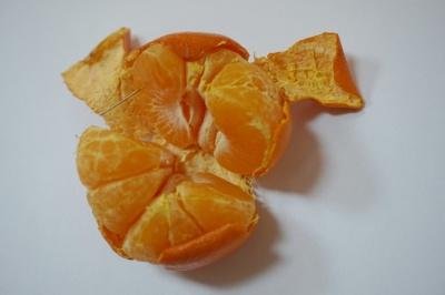 Буковинка виявила голку в мандарині, купленому в супермаркеті: що робити