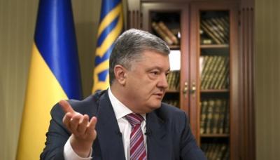 Порошенко: Україна створюватиме новітнє ракетне озброєння