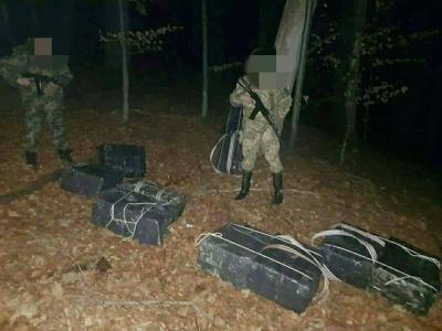 На Буковині прикордонники зупиняли контрабандистів пострілами