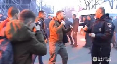 Правоохоронці затримали підозрюваних в організації сутичок у Черкасах