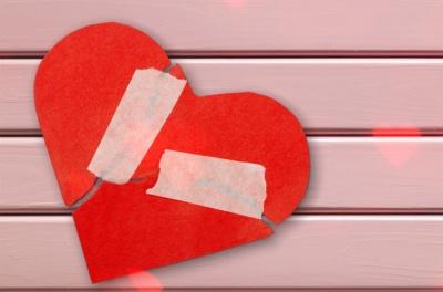 Як впоратися із розбитим серцем