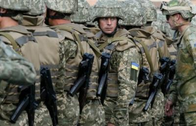 Контрактникам в армії пропонують зарплату від 10 тис грн