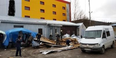 На Житомирщині зірваний вітром дах вбив жінку