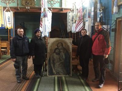 Чернівчанин придбав на блошиному ринку зниклу ікону та повернув її в храм на Львівщині