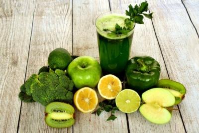 Весняний детокс для здоров'я: ТОП-3 очищувальних коктейлів з фото