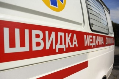 На Буковине молодой потерял глаз во время работы на пилораме