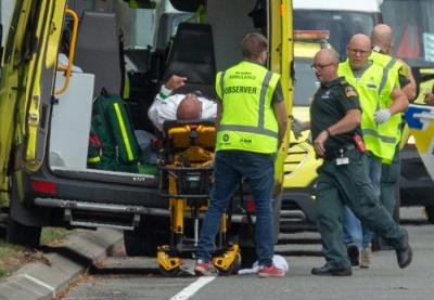 В Австралії декілька терористів розстріляли людей у мечетях. Загинули щонайменше 49 осіб