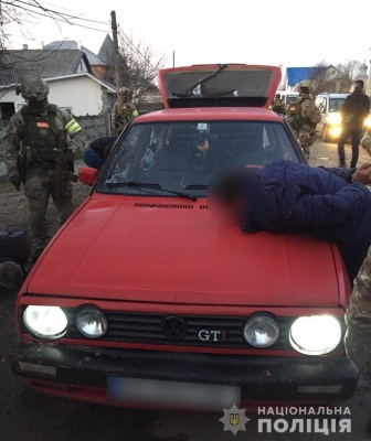 Поліція затримала злочинну групу, яка вчинила розбійний напад на Буковині