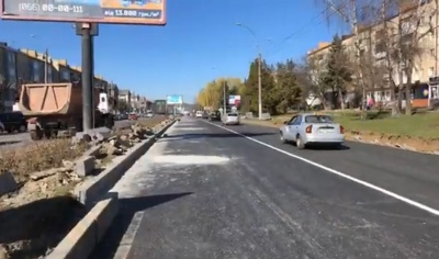 У Чернівцях відновили рух на недоремонтованій частині проспекту Незалежності - відео
