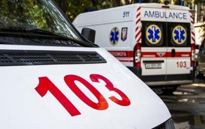 На Буковині чоловік отримав рвану рану обличчя через вибух петарди