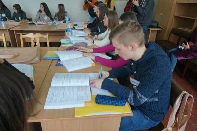 «БомбеЗНО»: на Буковині стартував експрес-проект з підготовки до тестування для румуномовних шкіл