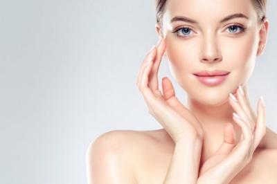 Які звички негативно впливають на шкіру обличчя