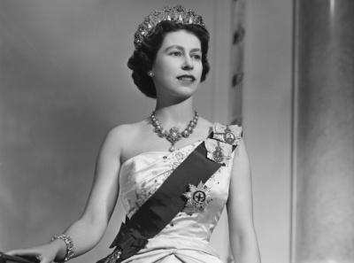 """""""Лондонський міст упав"""": у Британії готуються до смерті королеви"""