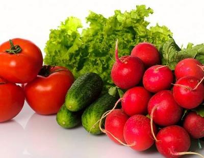 У ранніх овочах на ринках Чернівців виявили перевищення рівня нітратів