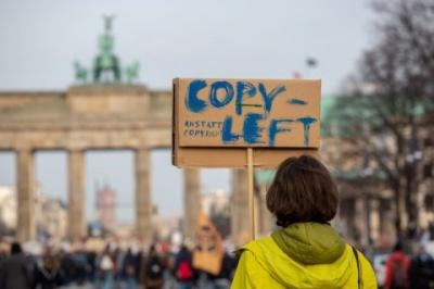 Європарламент проголосував за реформу копірайту, яка може обмежити свободу Інтернету