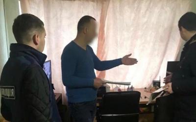 У Чернівцях затримали хакера, який майнив криптовалюту за рахунок понад мільйона українців