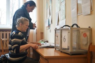 «Проблем немає, бо у нас спокійне місто»: як у Чернівцях ДВК готуються до виборів