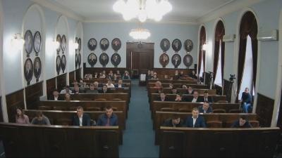 Чернівецька міськрада оголосила перерву в роботі сесії до 2 квітня