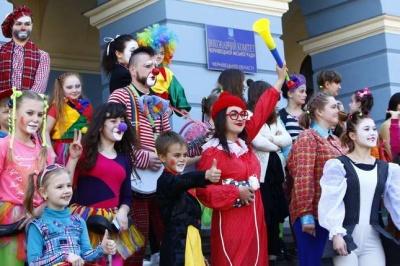У Чернівцях відбудеться парад клоунів