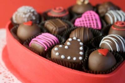 Чотири хвороби очей, які виникають через солодощі