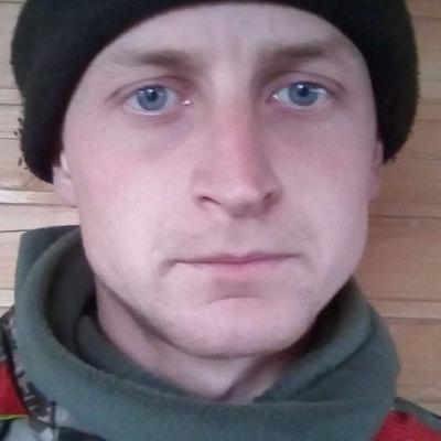 На Донбасі під час обстрілів загинув десантник із Чернівців