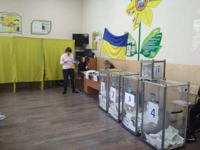 У Чернівецькій області виборцю видали бюлетень по закордонному паспорту