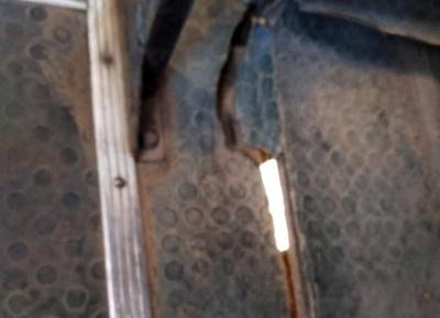 «Підлога ходить ходуном»: у Чернівцях пасажирка обурилась через небезпечну маршрутку