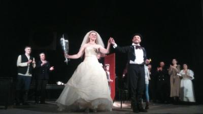 Насміялись від душі. У палаці культури Чернівців презентували виставу «Одруження» – фото