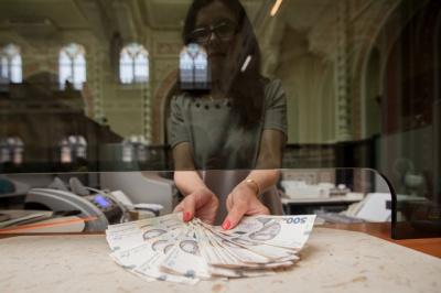 Держстат: Минулого року доходи українців зросли на 21,4%