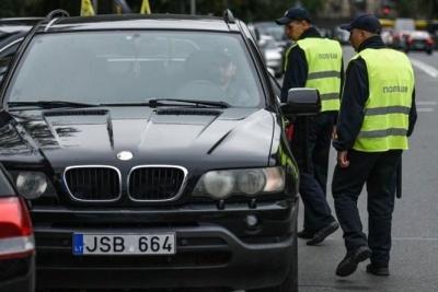 """Через зникнення """"євроблях"""" на кордоні зменшився потік автомобілів"""