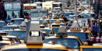 На вулицях Нью-Йорка помітили автомобіль з номерним знаком «Чернівці»