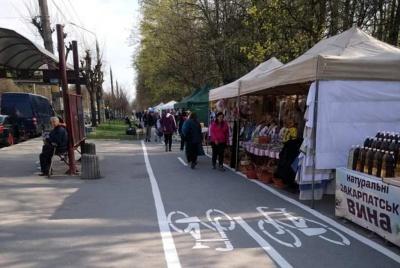 Ярмарок на велодоріжках і зарплати мерів. Головні новини Буковини 7 квітня