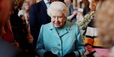 ЗМІ: Королева Єлизавета заборонила Меган Маркл робити з дитини вегетаріанця