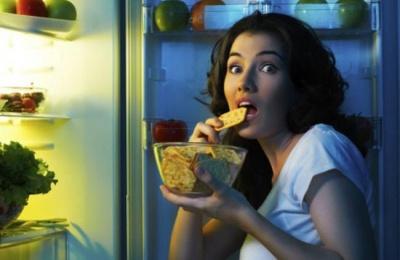 6 продуктів, які не варто їсти на ніч