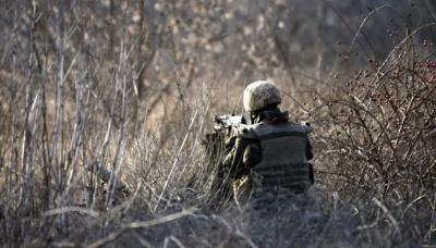 Бойовики обстріляли з мінометів українські позиції. Загинув військовий