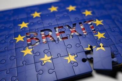 У парламенті Британії підтримали відтермінування Brexit