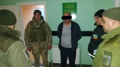 На Буковині прикордонники затримали іноземця, якого розшукували правоохоронці Румунії