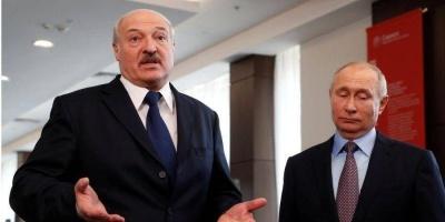 """Лукашенко поскаржився, що Росія """"викручує руки"""""""