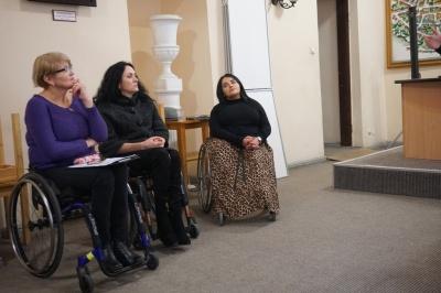 У Чернівцях розглядали питання доступності для маломобільних людей