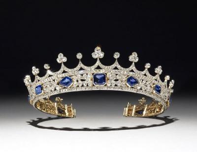 Корона королеви Вікторії вперше з'явилася у галереї в Лондоні