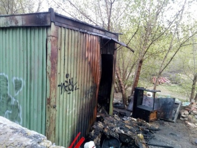 У Запоріжжі внаслідок пожежі в будівельному вагончику загинули три людини