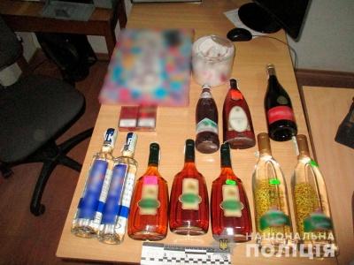 На Буковині неповнолітні викрали алкоголь та сигарети