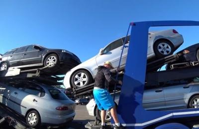 «Євробляхерам» прикрили вигідну схему: тисячі українців ризикують залишитися без авто